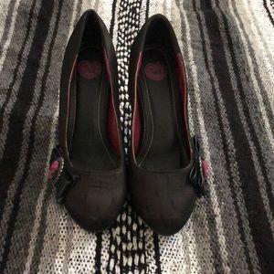 TUK heels